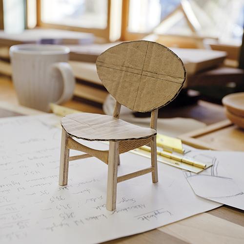 Elevene lager hver sin modell i skala 1:7.