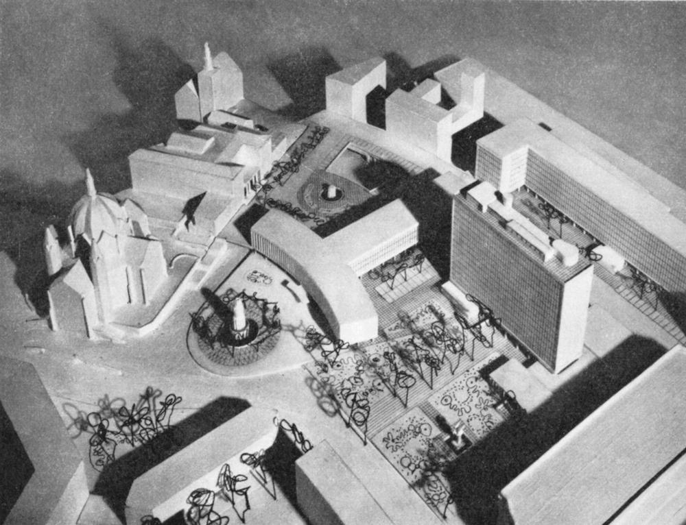 Modell av Regjeringskvartalet med Høyblokka og Y-blokka.