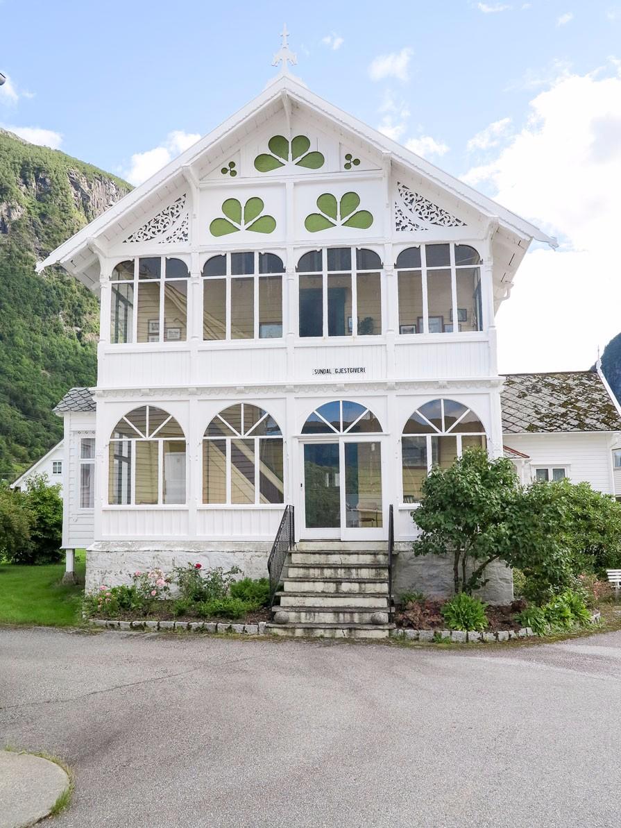 Sundal pensjonat, oppført 1889