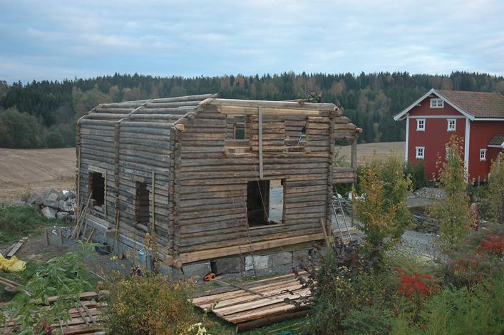 Tømmerkjernen er nesten oppe, oktober 2007.
